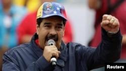"""Maduro aseguró que el llamado de Uribe """"constituye un delito internacional""""."""