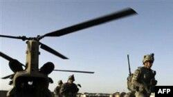 Əfqanıstanın cənub bölgəsində NATO qüvvələri kamikadze hücumuna məruz qalıb