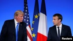 法国总统马克龙和美国总统川普2017年7月13日在巴黎爱丽舍宫出席联合记者会。