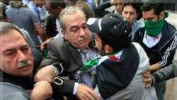 معترضان سوری در قاهره از ورود نمایندگان هیات سوری به دفتر اتحادیه عرب جلوگیری کردند. ۹ نوامبر ۲۰۱۱
