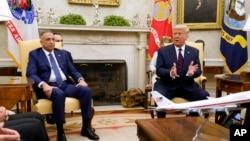 特朗普總統在白宮橢圓形辦公室會晤伊拉克總理卡迪米。(2020年8月20日)