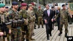 Міністр оборони США у Європі