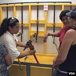 """SAD: Zarad bolje zarade, spremne za """"muške"""" poslove na gradilištima"""