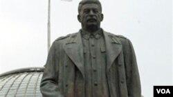 Patung Joseph Stalin di Georgia (foto: dok), negara bekas Uni Soviet lainnya. Georgia memerintahan perobohan berbagai monumen Stalin pada bulan Juni 2010.
