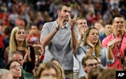 Liberty students applaud during a speech by Democratic presidential candidate, Sen. Bernie Sanders at Liberty University in Lynchburg, Virginia, Sept. 14, 2015.