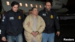 """Trùm ma túy Joaquin """"El Chapo"""" Guzman bị dẫn độ sang Mỹ năm 2017."""