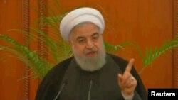 ښاغلي روحاني په ایران کې د ځینو سوني دیني عالمانو سره لیدلي دي