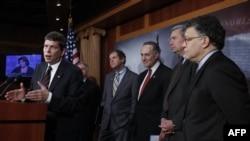 Пресс-конференция на Капиталийском холме после голосования,4 декабря 2010 г.