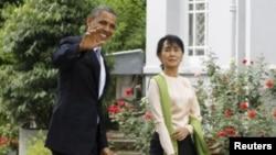 奥巴马在仰光的昂山素季家中会晤了这位著名的民主活动人士昂山素季