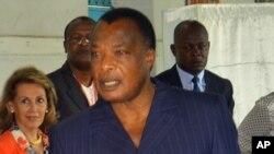 Le président Denis Sassou N'Guesso lors de l'élection présidentielle à Brazzaville, Congo, 20 mars 2016.