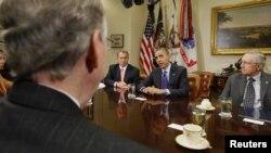 La solución es urgente y antes de Navidad, dijo el presidente Obama luego de la reunión.