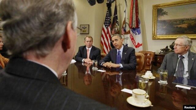 Tổng thống Obama họp với các nhà lãnh đạo Quốc hội trong phòng họp Roosevelt ở Tòa Bạch Ốc. 16/11/2012.