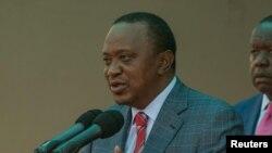 Le président sortant kényan Uhuru Kenyatta délivre un discours à Nairobi, Kenya, 14 août 2017.