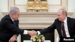 Rusiya prezidenti Vladimir Putin Moskvada Kremldə İsrailin baş naziri Benyamin Netanyahunu qəbul edir, 27 fevral, 2019.