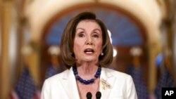 La présidente de la Chambre des représentants, Nancy Pelosi, Fait une déclaration au Capitole à Washington, le jeudi 5 décembre 2019.