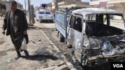 Sebuah serangan bom mobil mengguncang kota Ramadi hari Selasa (20/3).