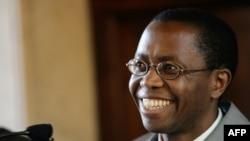 Igance Murwanashyaka, le chef policitique des rebelles hutu rwandais des FDLR, à Rome, 31 mars 2005.
