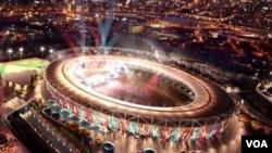 Dalam gambar artis yang dirilis Kamis (10/2) oleh klub West Ham United, Stadion Olimpiade ini akan digunakan sebagai stadion sepak bola setelah Olimpiade London tahun 2012.