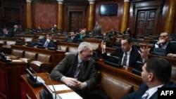Skupština Srbije raspravljala je danas o izmenama Zakona o vladi
