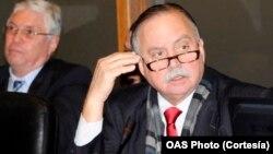 Los comentarios del embajador de Panamá, Guillermo Cochez, en la sesión del Consejo Permanente de la OEA sobre Venezuela, fueron desautorizados por la cancillería panameña.