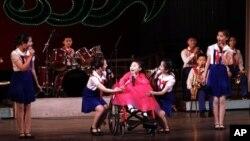 지난해 12월 평양 만경대학생소년궁전에서 '국제장애인의 날' 기념 공연이 열렸다.
