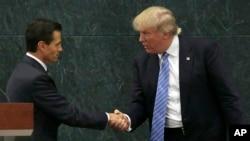 Enrique Peña Nieto et Donald Trump lors d'une rencontre le 31 août 2016 à Mexico City.