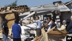 Le président Obama et la première dame, Michèlle Obama, à Tuscaloosa