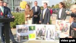 این نشست در فضای باز مقابل کنگره آمریکا با حضور برخی معترضان به حضور ایران در عراق برگزار شد.