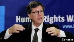 El director para la Américas de HRW, José Miguel Vivanco, expresa que la invocación de la Carta Democrática es urgente y debe hacerse aun sin elconsentimiento de Caracas.