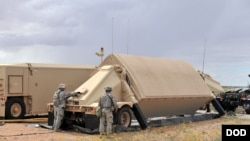 미군의 고고도 미사일 방어체계 사드(THAAD)의 AT/TPY-2 안테나. 미 국방부 제공 사진.