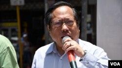 香港執業律師、支聯會主席何俊仁。(VOA-IRIS TONG)