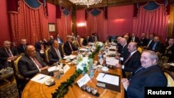 نشست دیپلومات های امریکایی و روسی روز حل بحران سوریه در سویس