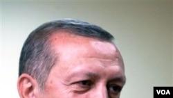 Perdana Menteri Turki, Recep Tayyip Erdogan dekat dengan dunia Arab karena sikapnya yang anti-Israel.