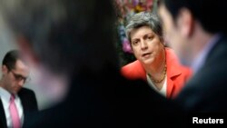U.S. Homeland Security Secretary Janet Napolitano takes reporters' questions at Reuters Cybersecurity Summit, Washington, May 14, 2013.