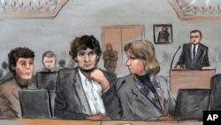 Dalam gambar sketsa pengadilan ini, Dzhokhar Tsarnaev (tengah) diapit oleh pengacaranya Miriam Conrad (kiri) dan Judy Clarke (kanan) dalam persidangan di Boston, 5 Mei 2015.