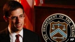 Así lo informó, Adam Szubin, subsecretario del Tesoro a cargo de las sanciones financieras. También se castigó a dos compañías sirias que explotan pozos de petróleo en zonas controladas por el grupo terrorista Estado Islámico.