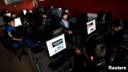 Anqaradagi internet kafelardan biri, 6-fevral, 2014-yil
