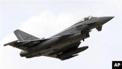 Un avion des forces italiennes