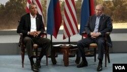 2013年6月17日 北愛爾蘭 - 奧巴馬與普京參加G-8峰會,表情木然。