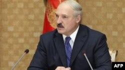Беларусь: тушите свет, денег нет! Или есть?