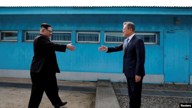 文在寅:愿跟金正恩举行第四次峰会 破美朝核谈判僵局