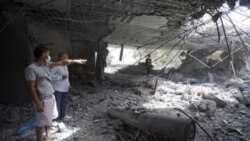 تصویری از محلی در طرابلس که گفته می شود خانه سیف العرب قذافی، فرزند رهبر لیبی بوده و در یک حمله موشکی آسیب دیده است - ۱ مه ۲۰۱۱