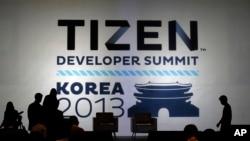 Presentación de Tizen en la cumbre de Desarrolladores en Seúl.