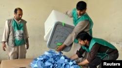 阿富汗總統選舉6月14日開始點票。
