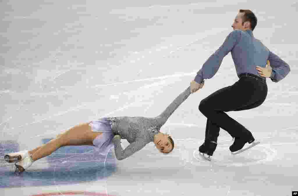 Maylin Wende e Daniel Wende da Alemanha, Jogos Olímpicos de Inverno, Sochi, Fev. 11, 2014, Rússia.