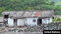 북한 평안남도 지역에서 수해로 파괴된 가옥.