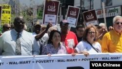洛杉矶县劳工联盟执行长杜瑞若(右二)