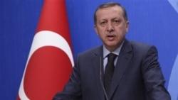 اردوغان روزسه شنبه در استانبول گفت رهبر لیبی به جای اصلاحات، خونریزی و نابودی را پیشه کرده است