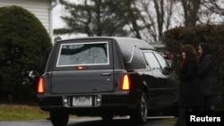 兩名小學校園槍殺案死者在星期一下葬