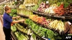 Những hệ thống siêu thị lớn và các nhà hàng ăn ngày càng mua sản phẩm của các nông gia địa phương